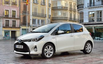 Rent Toyota Yaris